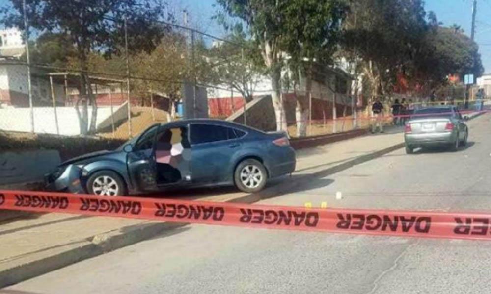 Asesinan a hombre frente a escuela primaria en Ensenada