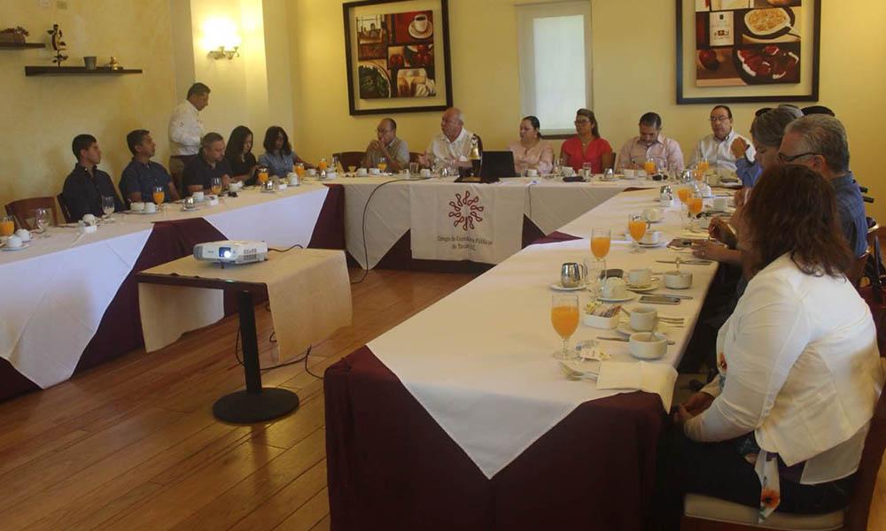 Acudió DAU a sesión de Colegio de Contadores Públicos de Tecate