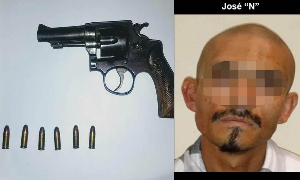 Apresan a sujeto tras decomisarle un arma de fuego en Tijuana