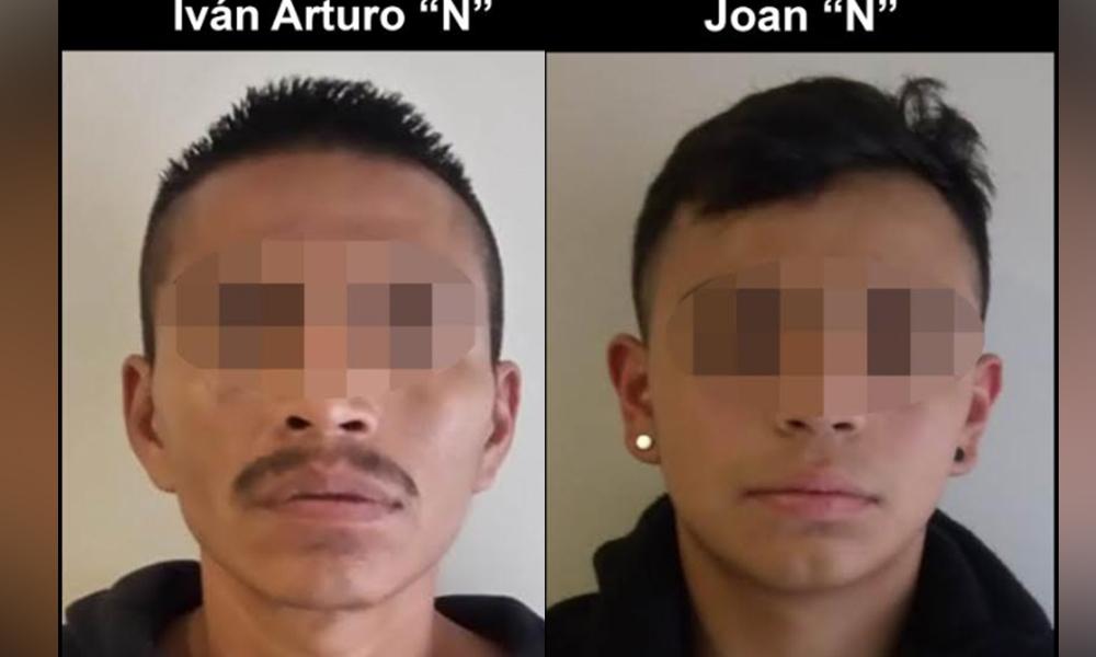 Arrestan a dos sujetos con auto robado en Tijuana