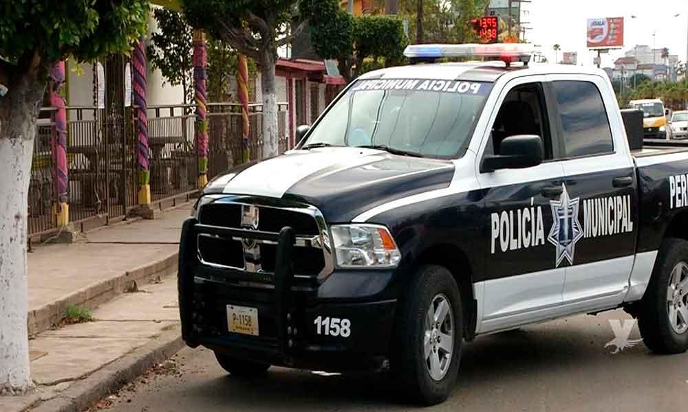 Hombres vestidos de policías asaltaron y desnudaron a una persona en Rosarito