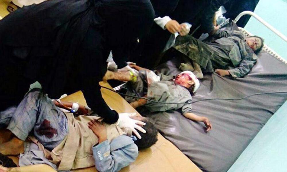 Ataque a autobús escolar deja 29 niños muertos en Yemen