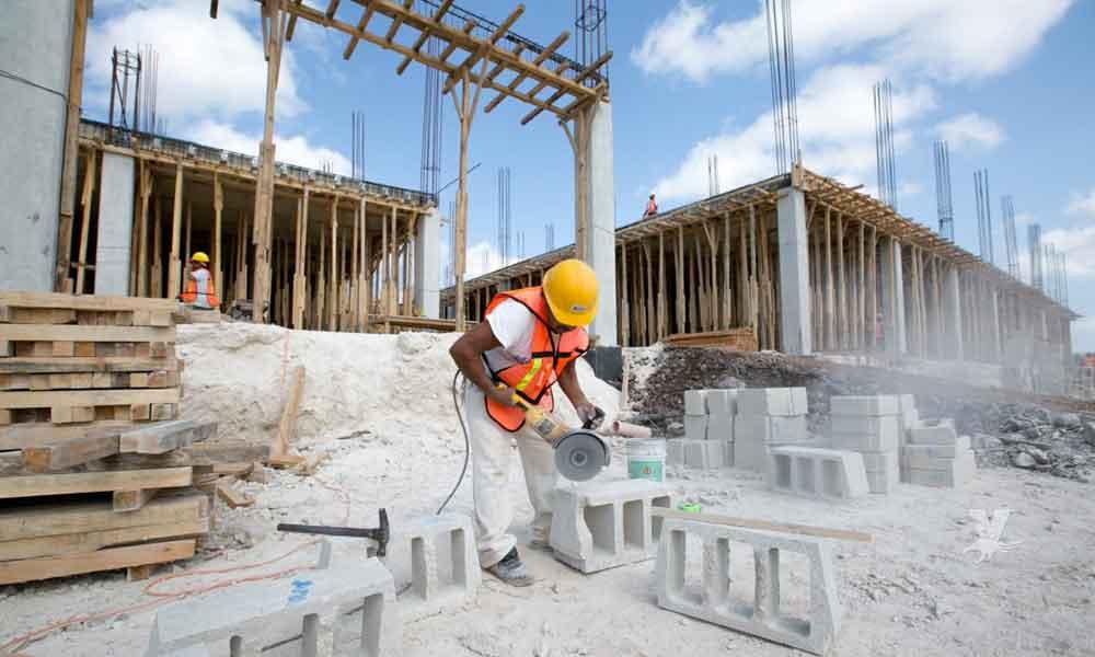 Cierran 300 empresas constructoras en Baja California