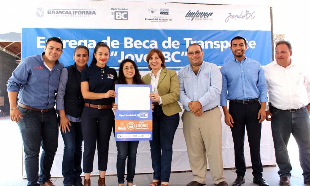 Convocan a estudiantes de Playas de Rosarito interesados en obtener una beca de transporte