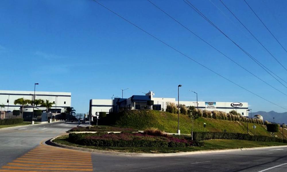 Empresa Jacuzzi mantiene operaciones y puestos de trabajo tras incendio pasado