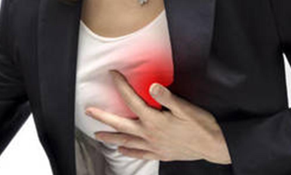 Falta de ejercicio y estrés favorecen aparición de angina de pecho : IMSS
