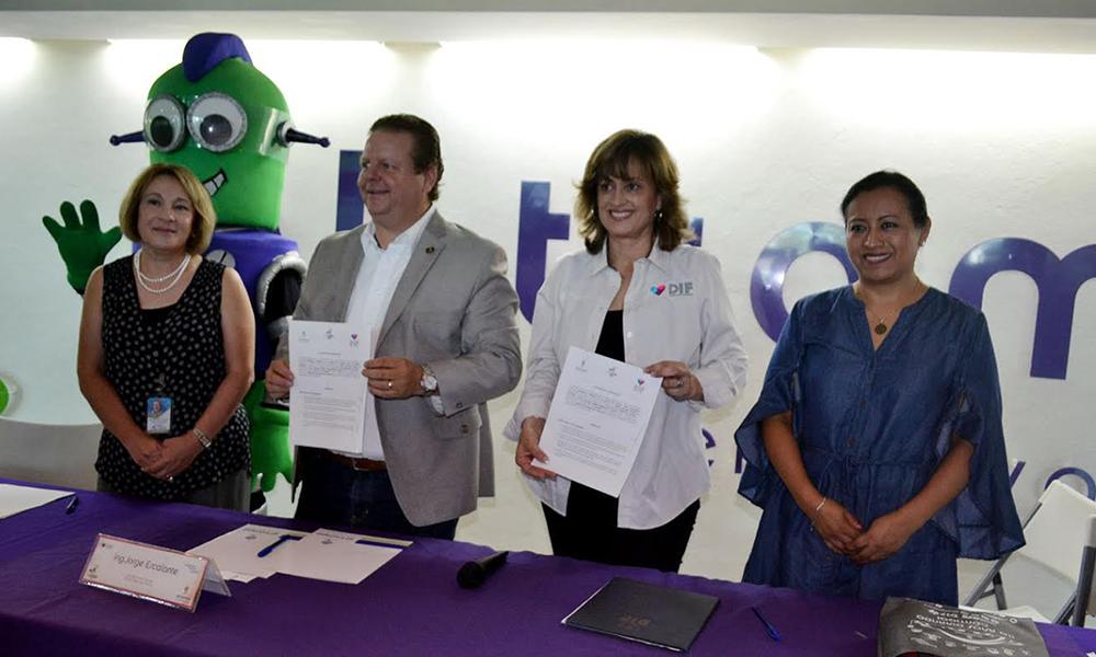 Firman convenio El Trompo y DIF de Tijuana