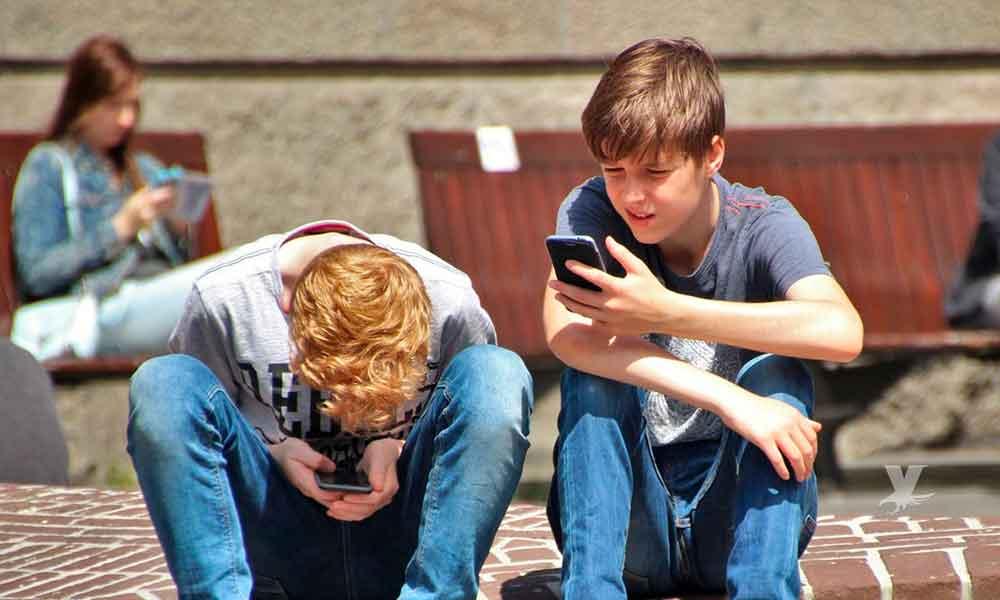 Francia prohíbe a los alumnos el uso de dispositivos con acceso a Internet en las escuelas