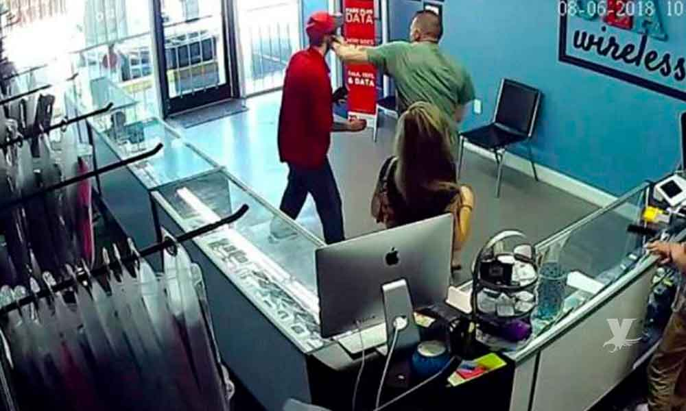 (VIDEO) Hombre golpea a otro sujeto por mirar fijamente el trasero de su novia