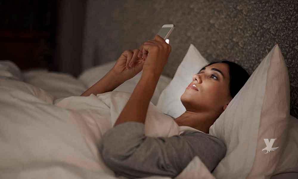 Entre más rápida sea tu conexión a Internet, menos duermes, según un estudio