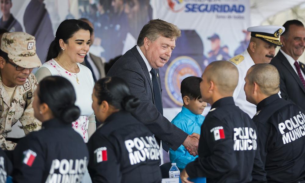 Invierten más de 11 millones en formación de agentes policiacos en Baja California