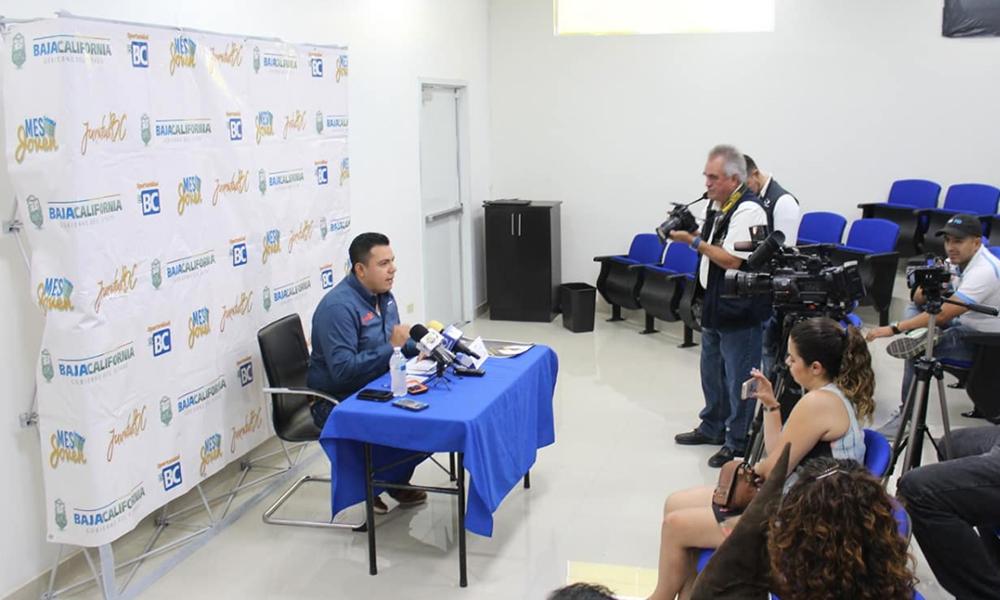 Lanzan convocatoria de becas para Jóvenes Universitarios de Baja California