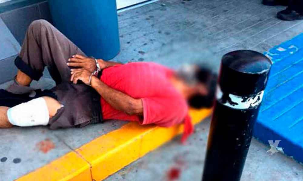 Oficial municipal dispara en contra de hombre que la amenazó con un machete