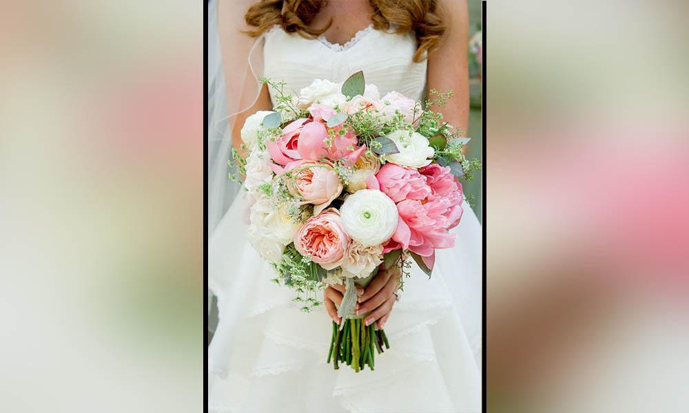 """Muere novia el día de su boda antes de dar el """"sí"""" (Video)"""
