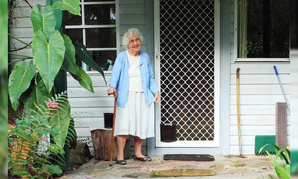 Mujer asesina a su madre de 92 años afectada por el Alzheimer