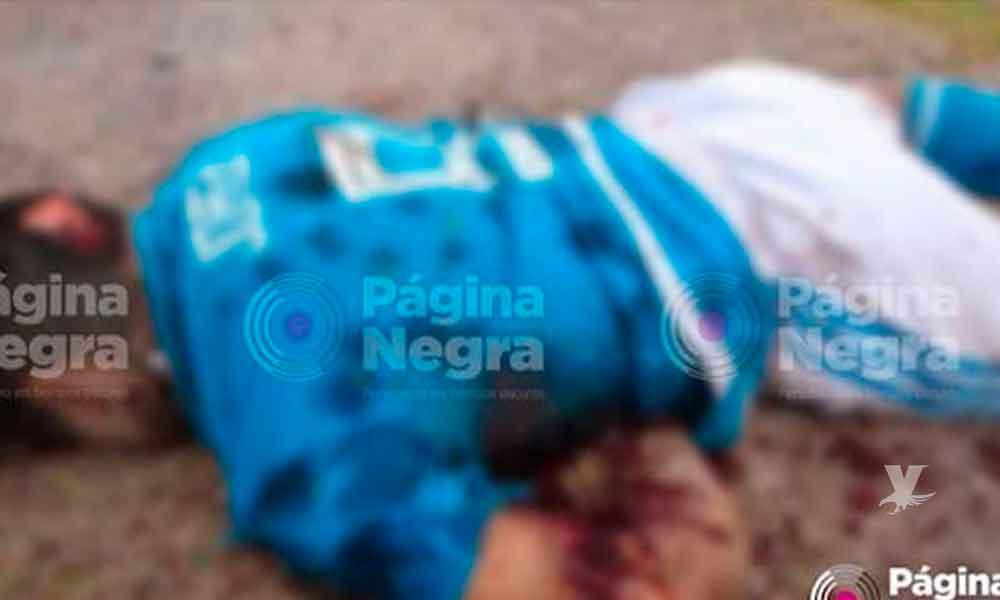 Grupo armado acribilla disparando más de 200 veces contra un futbolista durante un partido en Puebla