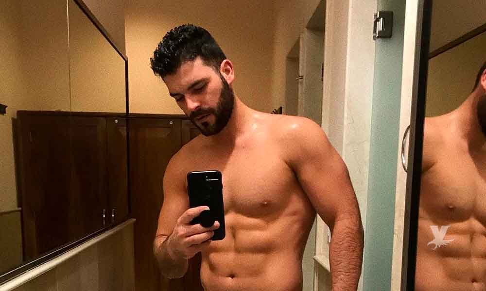 """(VIDEO) Adrián Di Monte muestra """"todo"""" mientras se bañaba en Reto 4 Elementos"""