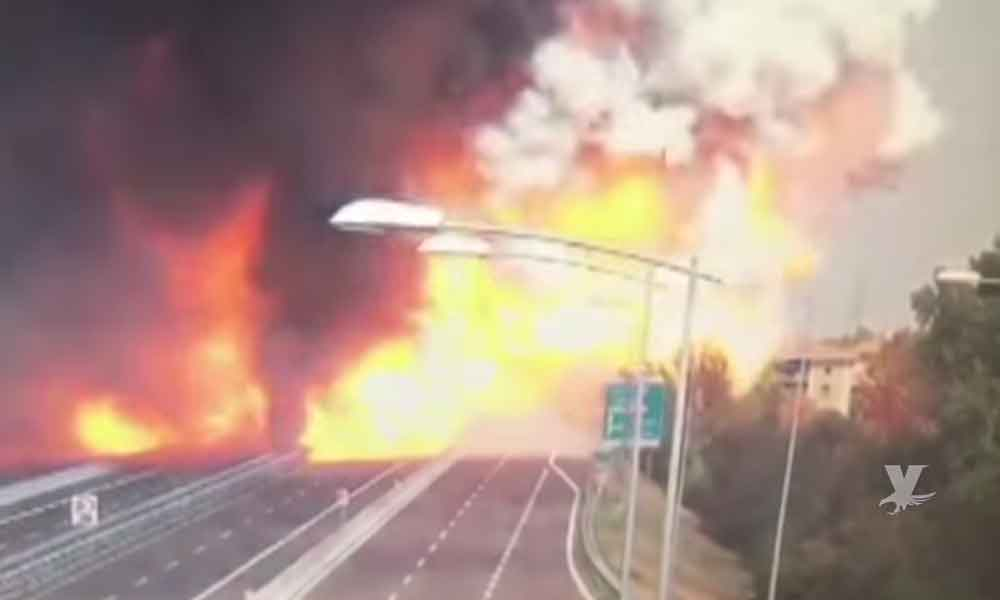 (VIDEO) Terrible explosión en carretera cerca de aeropuerto en Italia