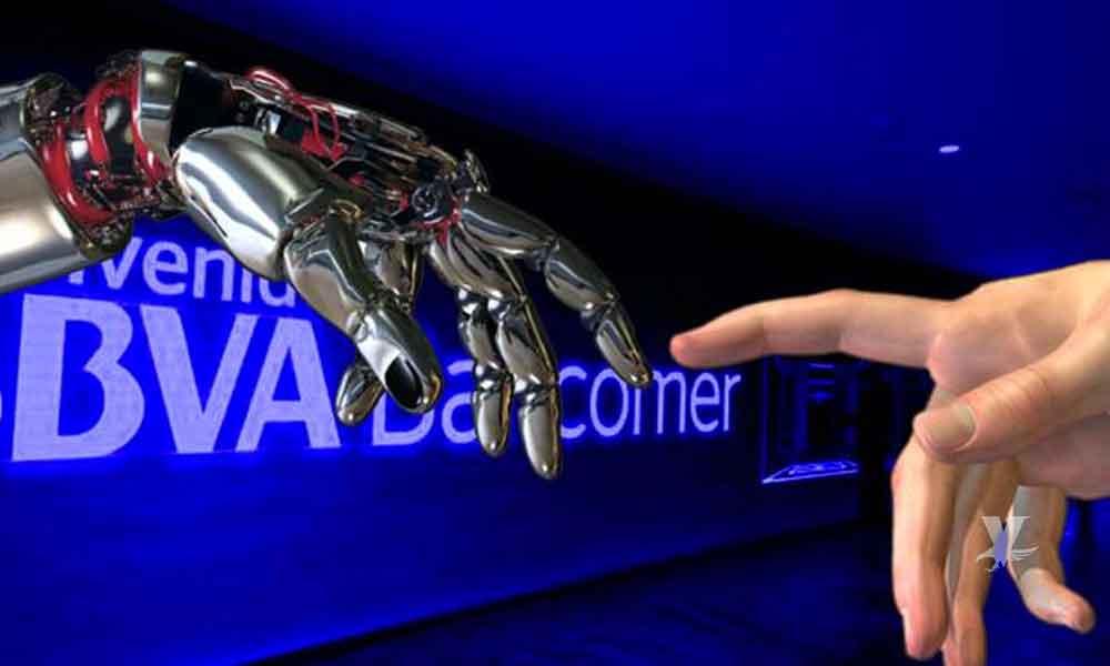BBVA Bancomer despedirá a miles de empleados debido a sus nuevas tecnologías