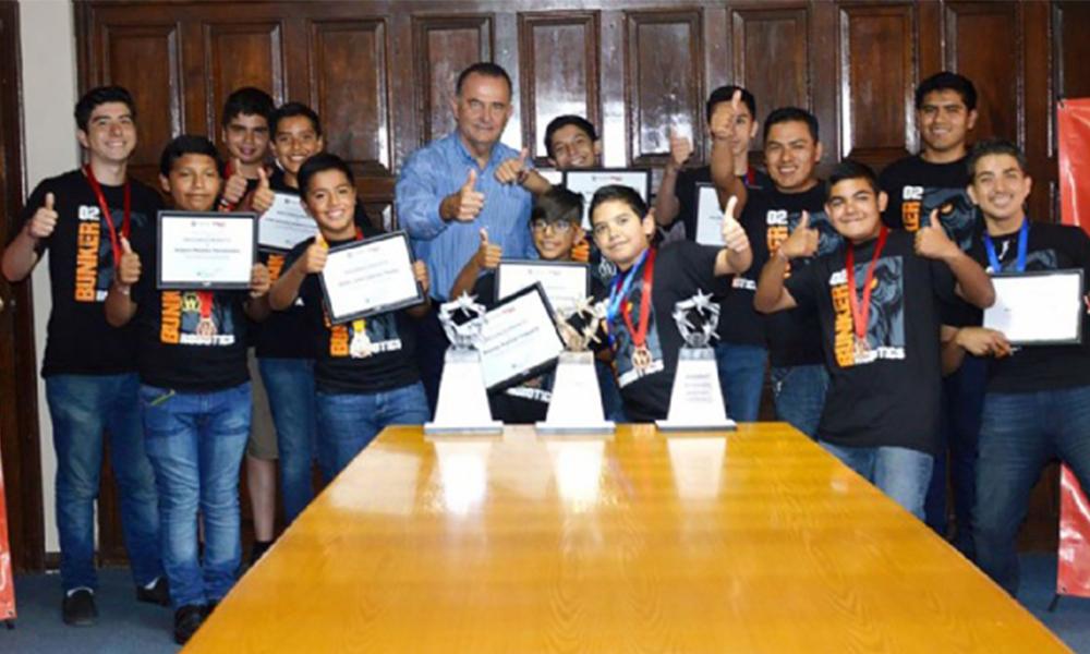Felicitan en Ensenada a ganadores del Concurso Regional de Robótica