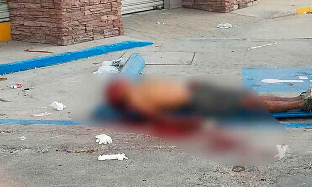 """Hombre es asesinado a """"marrazos"""" frente a central de Bomberos en Mexicali"""
