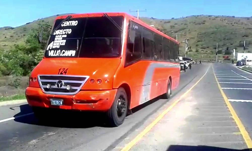 Residentes tomarán entrada a Villa del Campo contra transportistas de Tijuana