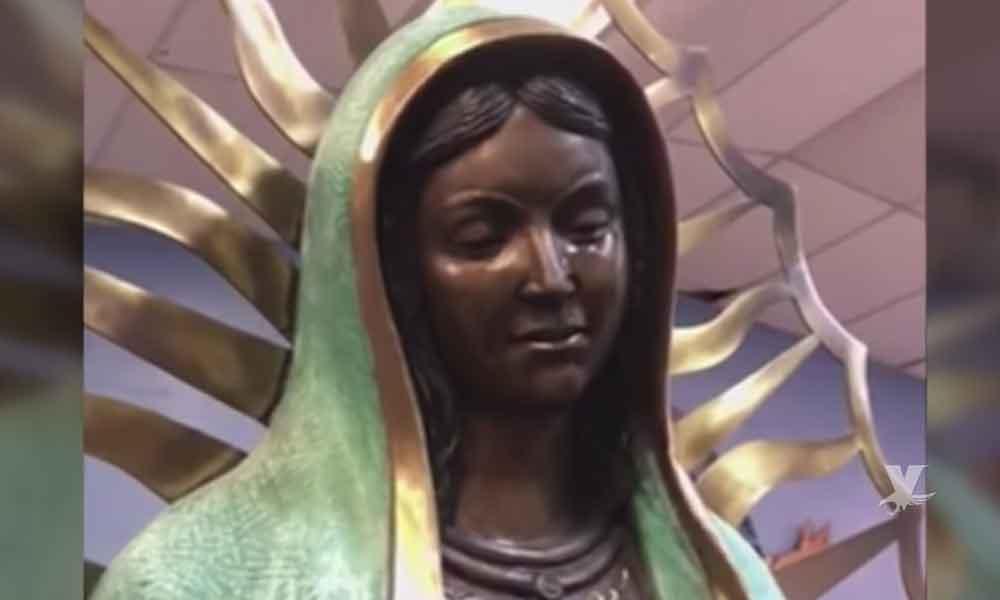 (VIDEO) Captan en iglesia figura de la Virgen de Guadalupe llorando