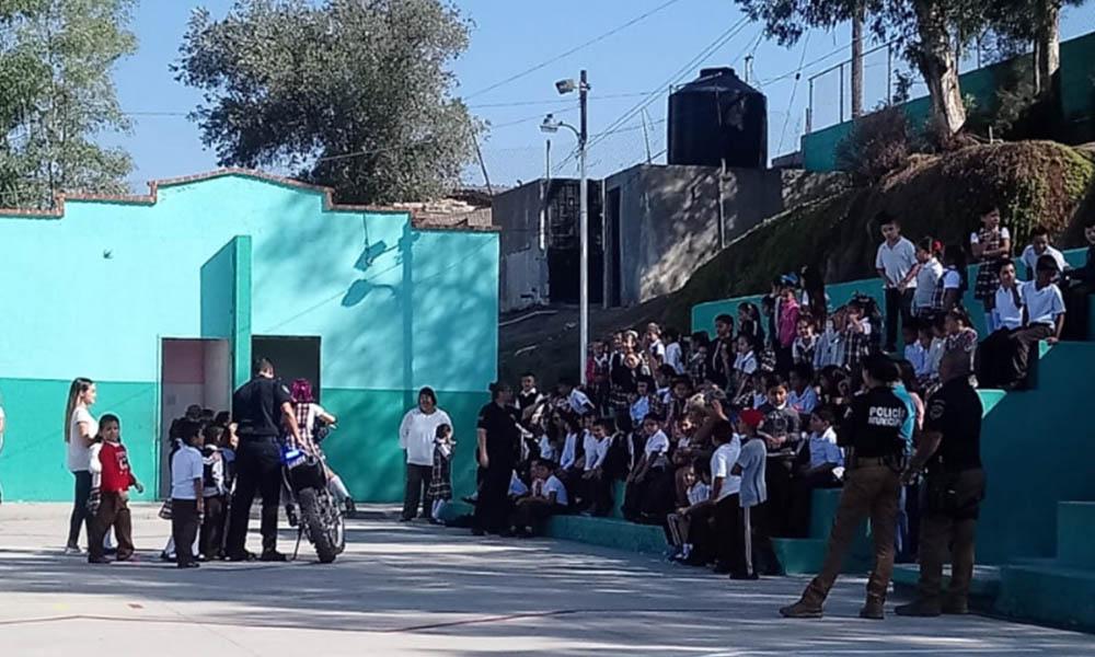 Visitan a estudiantes para promover valores de respeto y compañerismo en Tecate