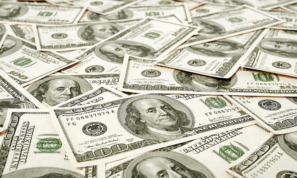 Proponen dar beca de 60 mil dólares para los que nazcan en EE UU