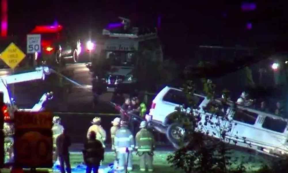 18 amigos que se dirigían a una fiesta en limusina perdieron la vida en un accidente