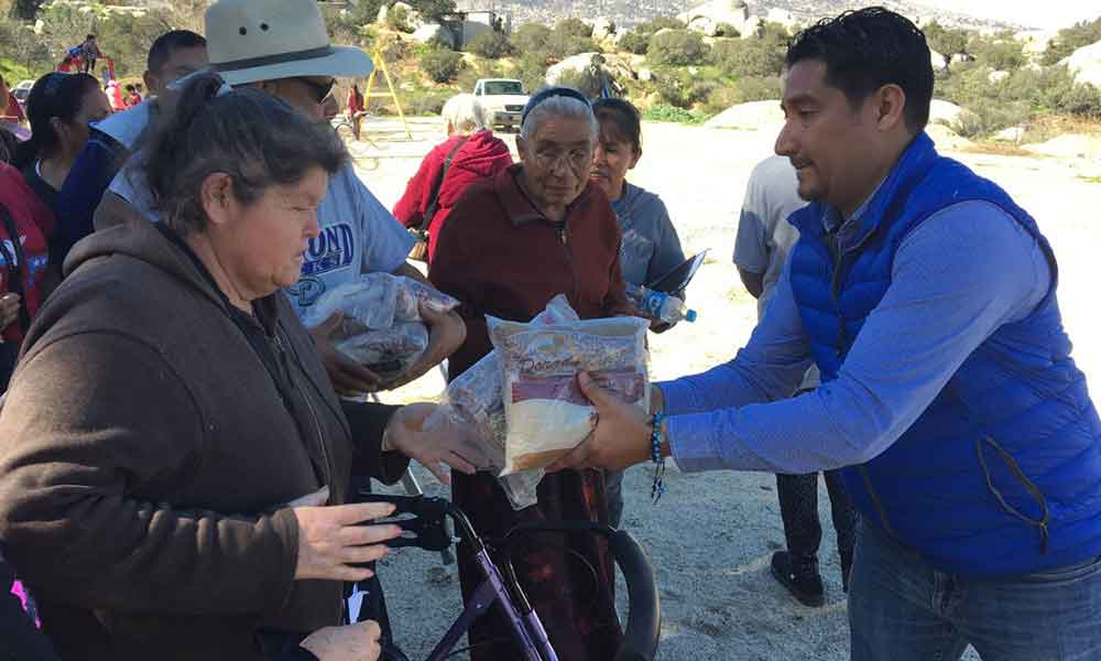 "Acercan jornada de servicios ""OportunidadES BC"" a residentes del Valle de las Palmas de Tecate"
