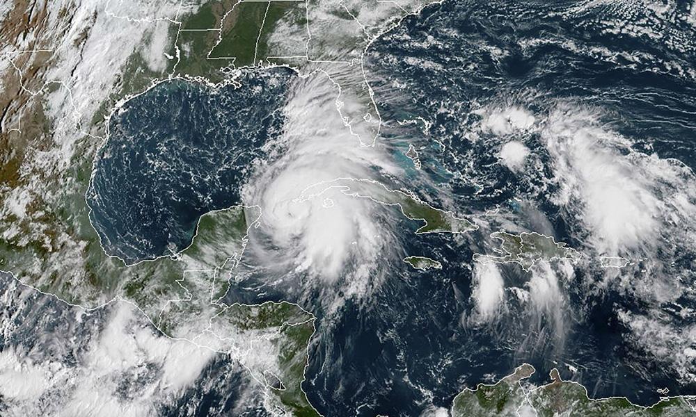 """Alertan por peligroso huracán """"Michael"""" que afectará Quintana Roo y Florida"""