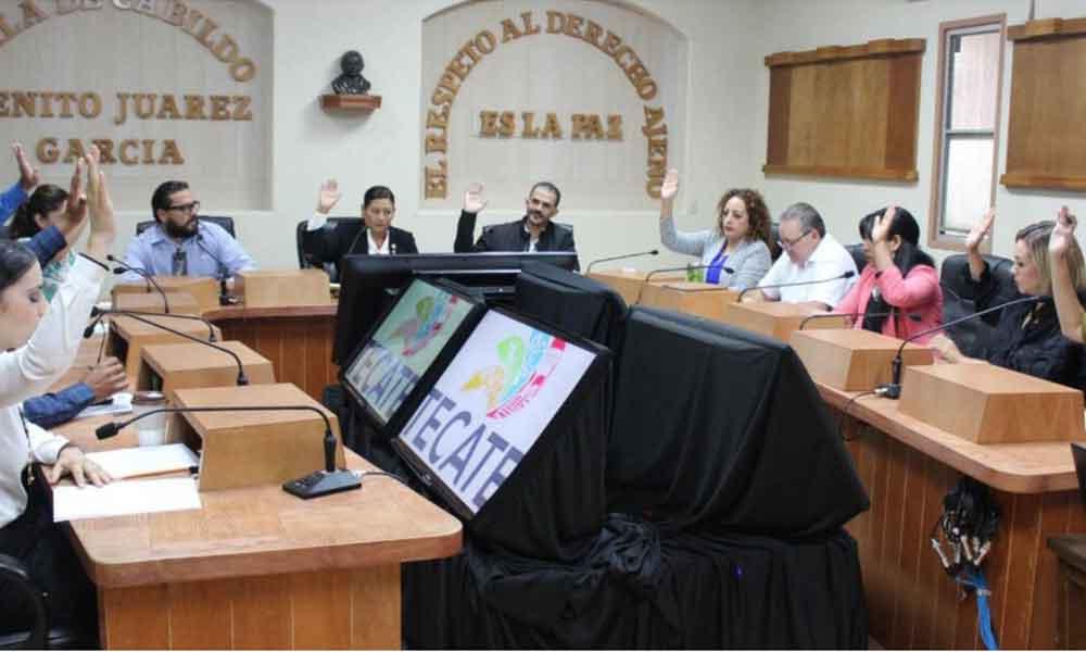 Aprueba Cabildo de Tecate donación de equipamiento tecnológico para la Biblioteca Pública