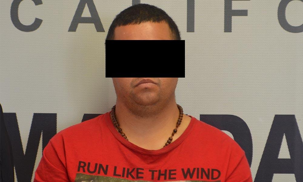 Cae sujeto con dos órdenes aprehensión por robo de autos en Tijuana