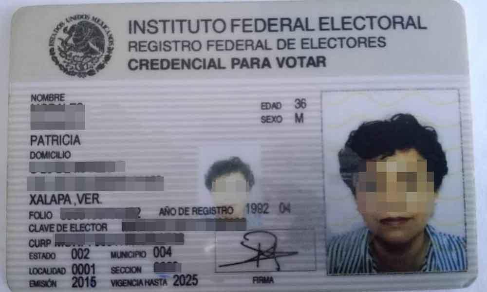 Detienen a mujer tras intentar cobrar cheque con credencial falsa en Tijuana