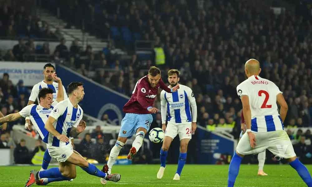 Juguete sexual obliga la interrupción del partido entre Bridhton vs West Ham United
