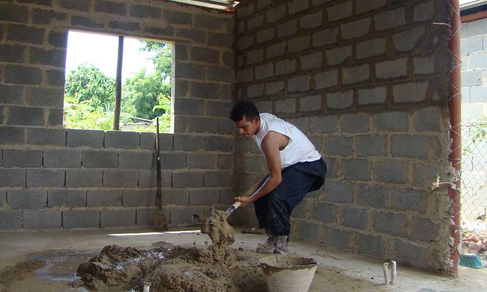 Ganas menos de 7 mil pesos mensuales, Infonavit te ofrece crédito de autoconstrucción de vivienda