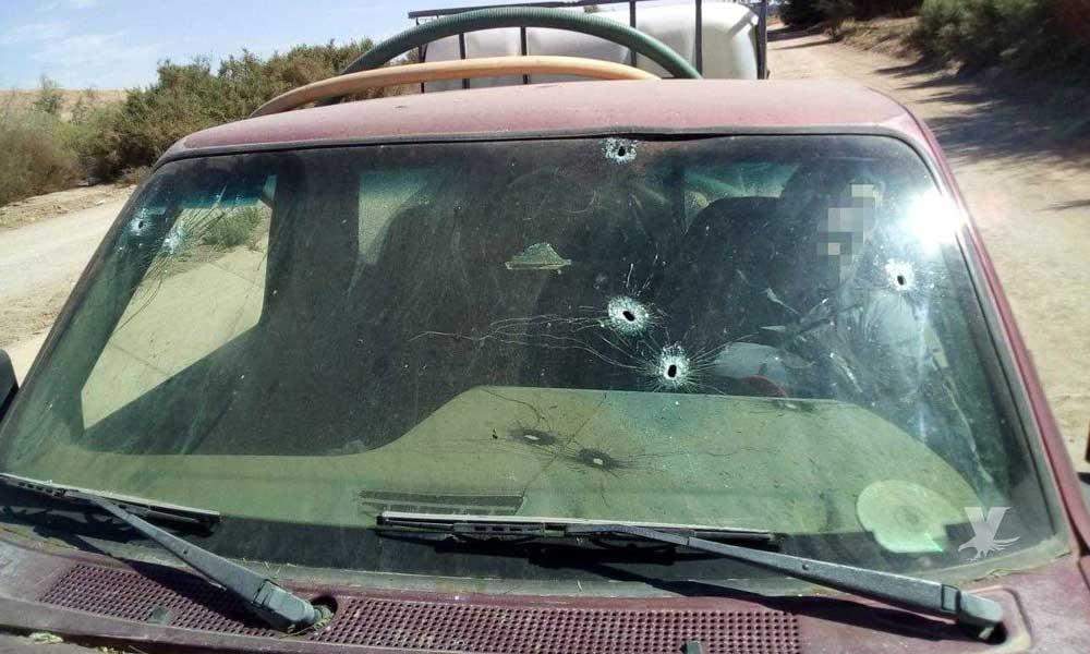 (FOTOS) Padre e hijo son acribillados dentro de su automóvil en Mexicali