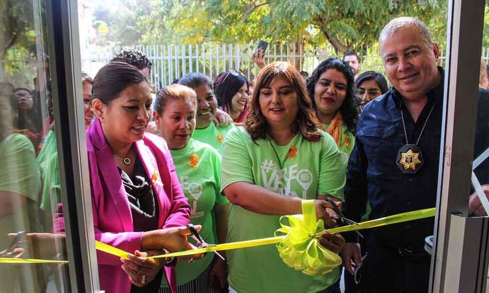 Inauguran centro de asesoría y defensa para la mujer en Tecate
