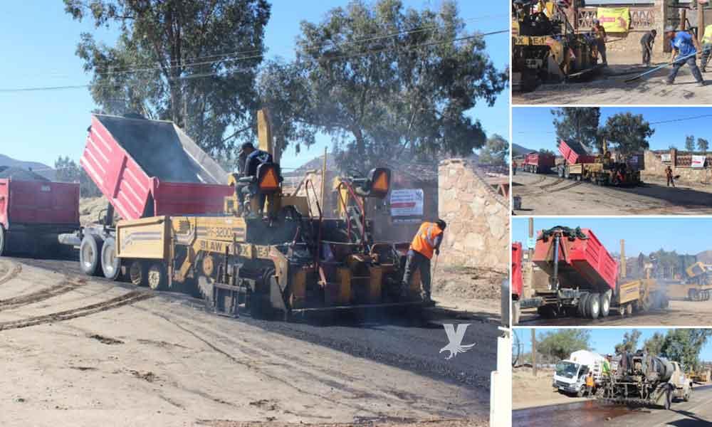 Inician trabajos de colocación de asfalto en Carretera Alimentadora en Cerro Azul de Tecate