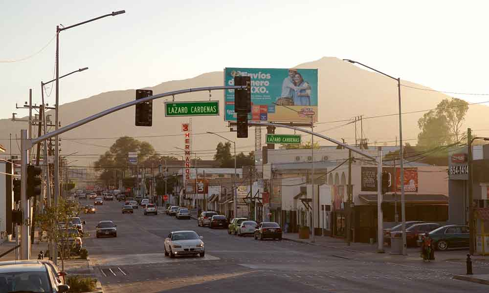 Instalarán luminarias en avenida principal de Tecate