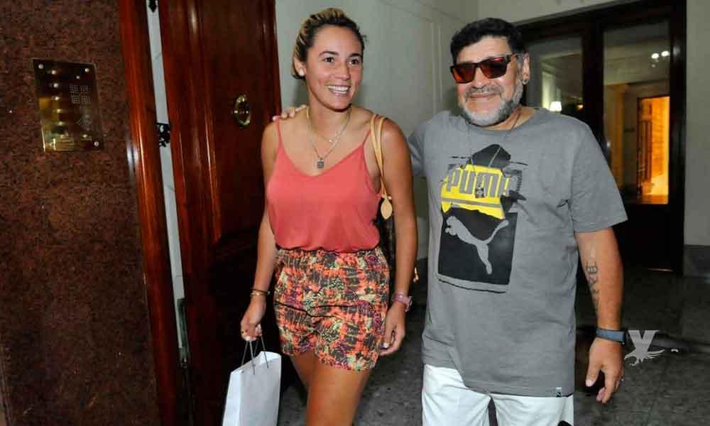 Novia de Maradona jugará con el equipo femenil de Dorados