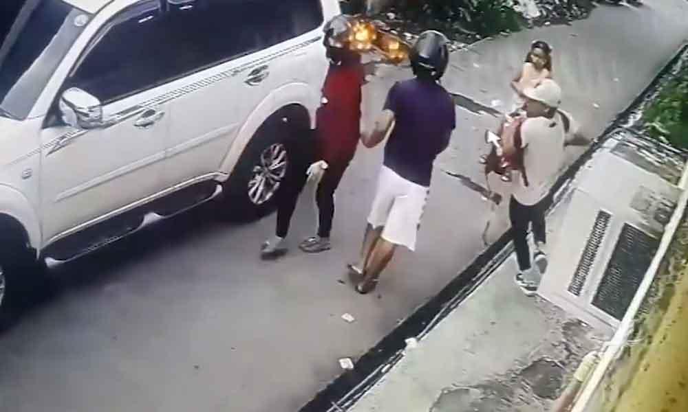 (VIDEO) Niña de 8 años enfrentó a 3 asaltantes y recuperó parte de lo robado