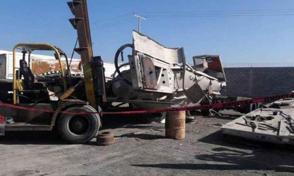 Muere hombre aplastado por contenedor en Ensenada