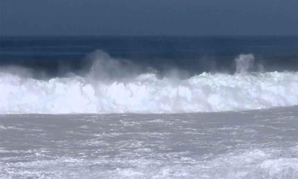 """Olas de hasta 5 metros causará """"Rosa"""" en costas de Baja California"""