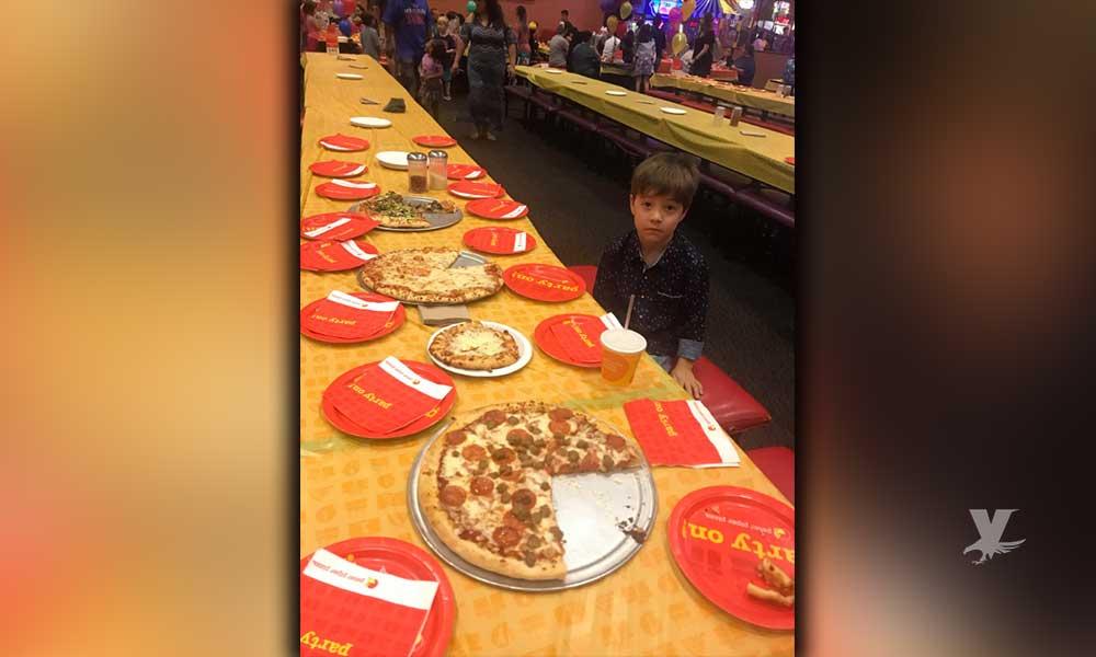 Niño cumplió seis años y tenía 32 invitados pero ninguno llegó a su fiesta