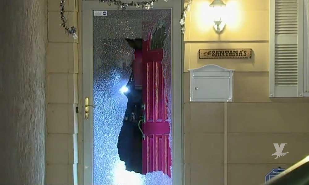 Hombre intentaba ingresar a una casa en San Diego, el propietario le disparó a través de la puerta