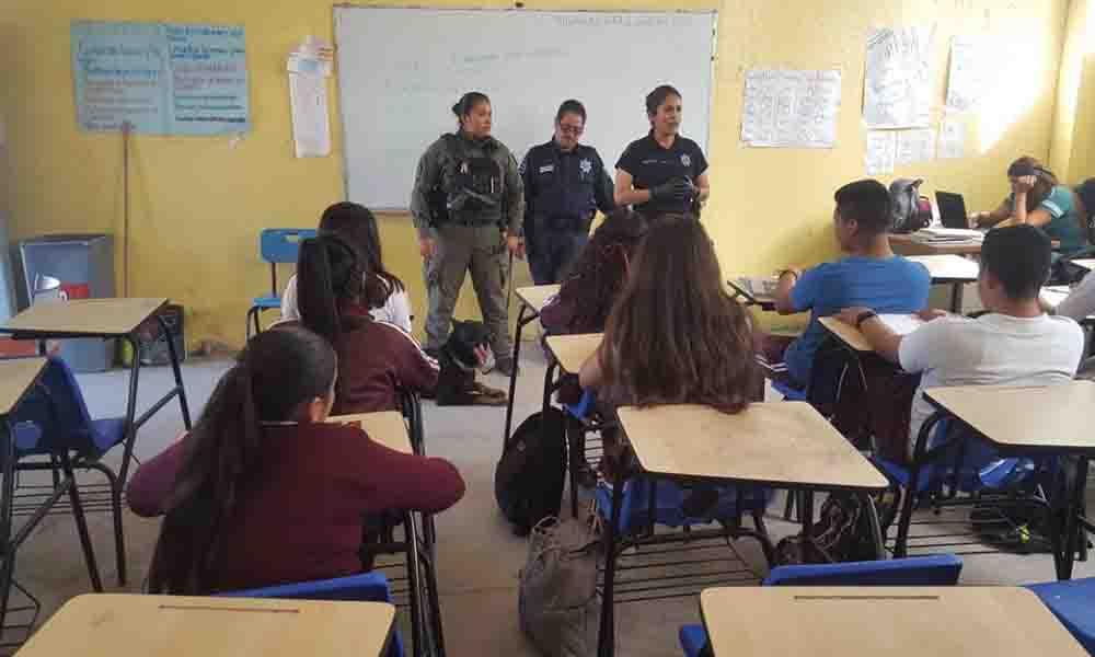 "Sorprende programa ""Mochila Segura"" alumnos de escuela secundaria en Tijuana"