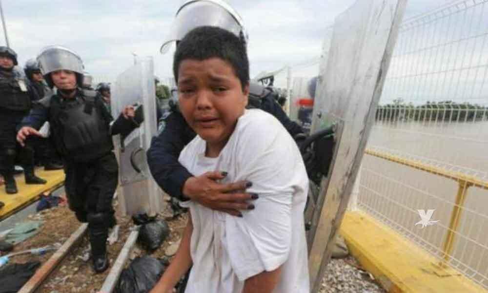 Niño de 12 años viaja solo en caravana migrante; solo desea estudiar