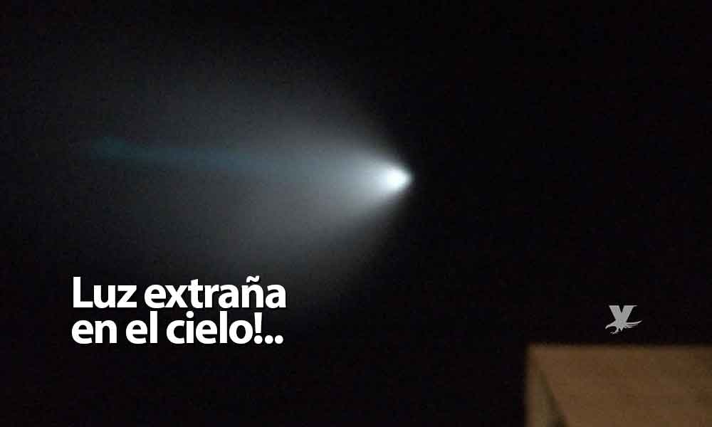 Una gran luz en el cielo sorprende esta noche a Baja California